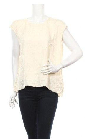 Дамска блуза Atmos & Here, Размер L, Цвят Бежов, Вискоза, Цена 6,30лв.