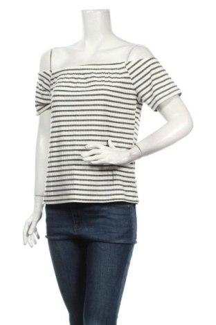 Дамска блуза Atmos & Here, Размер XL, Цвят Бял, 60% вискоза, 35% полиестер, 5% еластан, Цена 4,73лв.