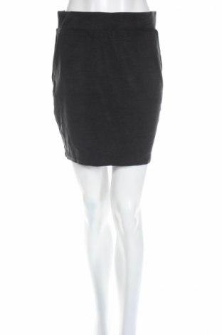 Φούστα Selected Femme, Μέγεθος S, Χρώμα Μαύρο, 52% μοντάλ, 43% πολυεστέρας, 5% ελαστάνη, Τιμή 4,14€