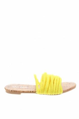 Чехли Public Desire, Размер 36, Цвят Жълт, Текстил, Цена 36,00лв.