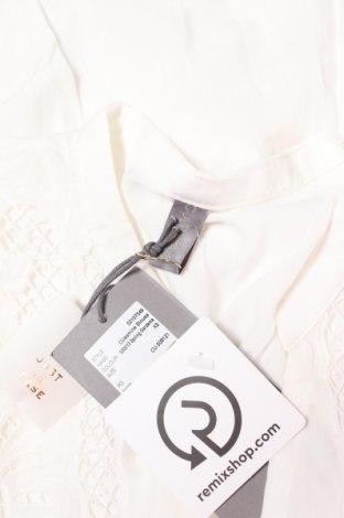 Дамска блуза Culture, Размер XS, Цвят Бял, 75% вискоза, 25% полиестер, Цена 28,48лв.