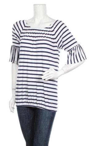 Дамска блуза Essentials by Tchibo, Размер S, Цвят Бял, 95% вискоза, 5% еластан, Цена 4,73лв.