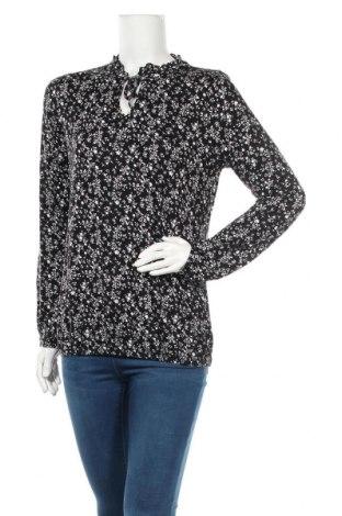 Дамска блуза Essentials by Tchibo, Размер S, Цвят Черен, 95% вискоза, 5% еластан, Цена 17,85лв.