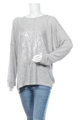 Дамска блуза Free Quent, Размер XXL, Цвят Сив, 70% вискоза, 17% полиестер, 11% метални нишки, 2% еластан, Цена 15,12лв.