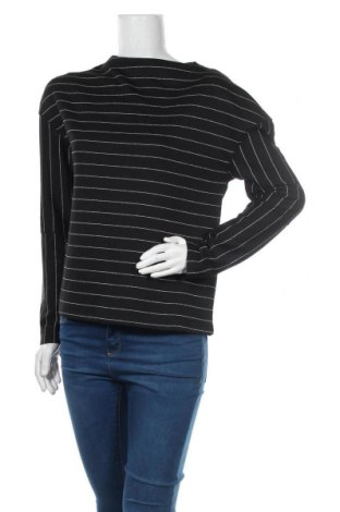 Дамска блуза Kiomi, Размер S, Цвят Черен, 67% полиестер, 16% метални нишки, 14% вискоза, 3% еластан, Цена 14,70лв.