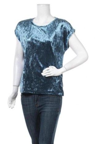Дамска блуза Lindex, Размер S, Цвят Син, 90% полиестер, 10% еластан, Цена 16,80лв.