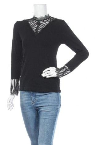 Дамска блуза Luxzuz One Two, Размер S, Цвят Черен, 92% вискоза, 8% еластан, Цена 22,68лв.