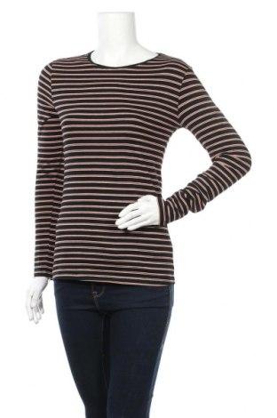 Дамска блуза Primark, Размер M, Цвят Черен, 95% памук, 5% еластан, Цена 29,40лв.