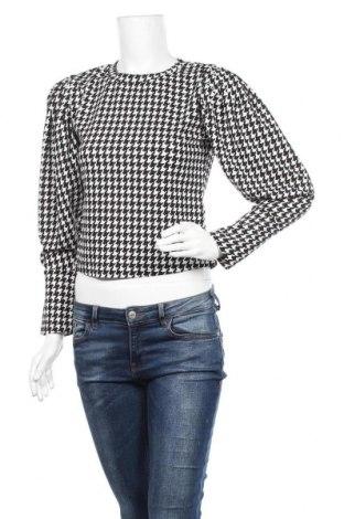 Дамска блуза SHEIN, Размер L, Цвят Черен, 95% полиестер, 5% еластан, Цена 15,12лв.