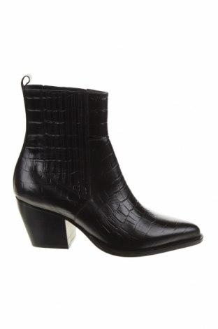 Дамски боти Jonak, Размер 40, Цвят Черен, Естествена кожа, Цена 169,00лв.