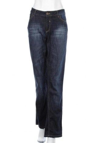 Дамски дънки, Размер XL, Цвят Син, 98% памук, 2% еластан, Цена 25,20лв.