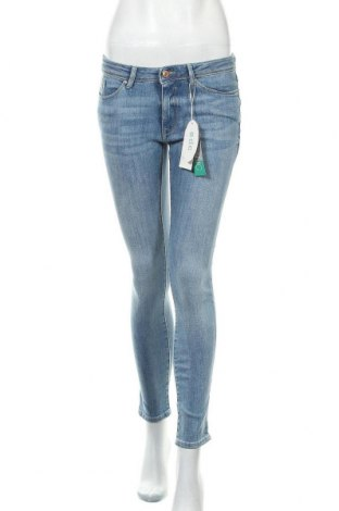 Дамски дънки Edc By Esprit, Размер S, Цвят Син, 72% памук, 26% полиестер, 2% еластан, Цена 59,25лв.