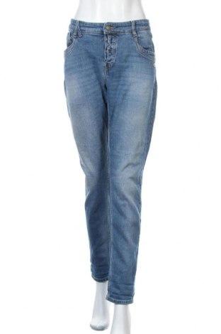 Дамски дънки Gang, Размер XL, Цвят Син, 98% памук, 2% еластан, Цена 30,87лв.