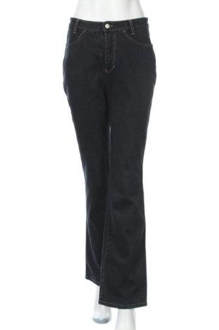 Дамски дънки Mac, Размер M, Цвят Син, 98% памук, 2% еластан, Цена 26,93лв.