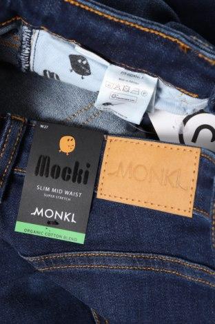 Дамски дънки Monki, Размер XS, Цвят Син, 86% памук, 12% полиестер, 2% еластан, Цена 25,54лв.