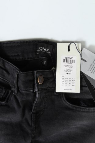 Дамски дънки ONLY, Размер XS, Цвят Сив, 92% памук, 6% полиестер, 2% еластан, Цена 17,47лв.