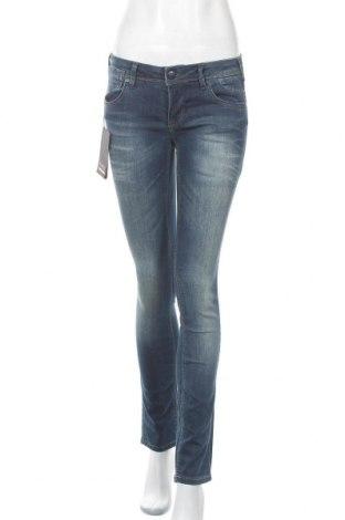 Дамски дънки ONLY, Размер M, Цвят Син, 76% памук, 22% полиестер, 2% еластан, Цена 48,88лв.