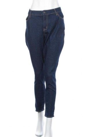 Дамски дънки Old Navy, Размер XL, Цвят Син, 74% памук, 15% полиестер, 1% еластан, Цена 19,85лв.