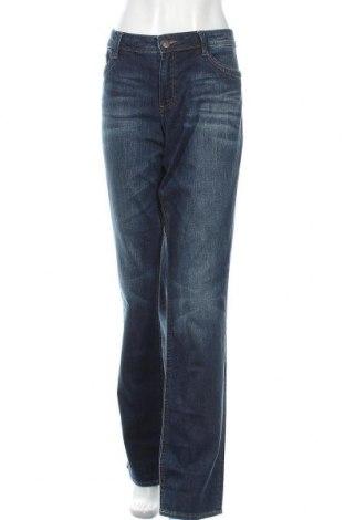 Дамски дънки S.Oliver, Размер XL, Цвят Син, 99% памук, 1% еластан, Цена 28,35лв.