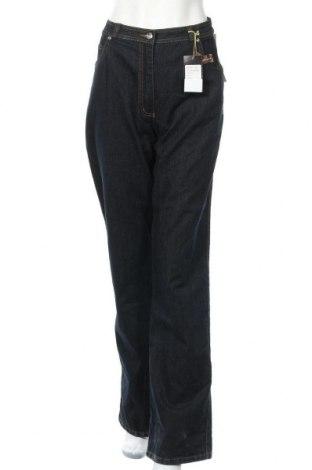 Дамски дънки Wardrobe, Размер XL, Цвят Син, 75% памук, 22% полиестер, 3% еластан, Цена 38,85лв.
