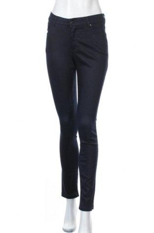 Дамски дънки Zabaione, Размер S, Цвят Син, 64% памук, 32% полиестер, 4% еластан, Цена 17,06лв.