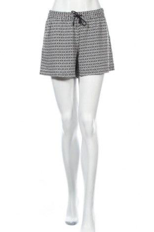 Дамски къс панталон Blue Motion, Размер S, Цвят Черен, Вискоза, Цена 3,00лв.