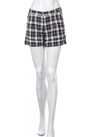 Дамски къс панталон Free Quent, Размер M, Цвят Многоцветен, 80% памук, 20% полиестер, Цена 11,03лв.