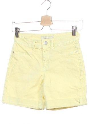 Γυναικείο κοντό παντελόνι Jdy, Μέγεθος XS, Χρώμα Κίτρινο, 98% βαμβάκι, 2% ελαστάνη, Τιμή 13,04€