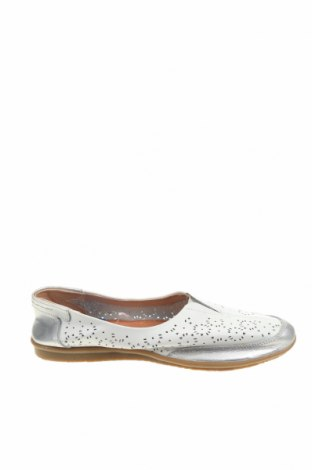 Дамски обувки, Размер 36, Цвят Бял, Естествена кожа, Цена 83,79лв.