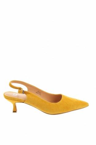 Дамски обувки Anny Nord, Размер 37, Цвят Жълт, Естествен велур, Цена 171,27лв.