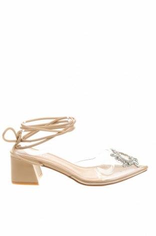 Дамски обувки Bebo, Размер 38, Цвят Бял, Полиуретан, Цена 40,50лв.