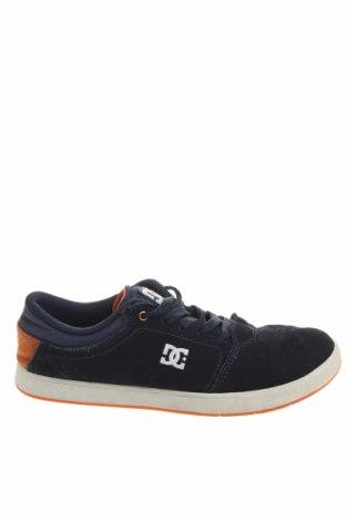 Дамски обувки DC Shoes, Размер 39, Цвят Син, Естествен велур, Цена 43,89лв.