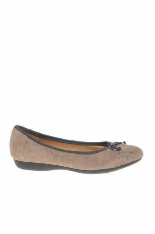 Дамски обувки Hush Puppies, Размер 38, Цвят Бежов, Естествен велур, Цена 61,95лв.