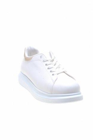 Дамски обувки NLY, Размер 41, Цвят Екрю, Еко кожа, Цена 43,50лв.