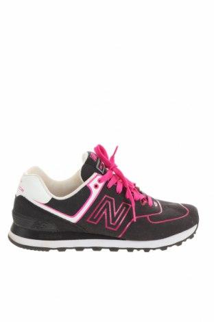 Дамски обувки New Balance, Размер 40, Цвят Черен, Еко кожа, Цена 50,25лв.