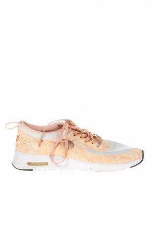 Дамски обувки Nike, Размер 38, Цвят Бежов, Текстил, Цена 58,80лв.