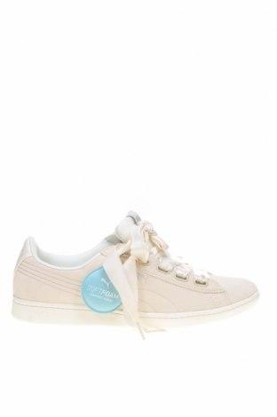 Дамски обувки PUMA, Размер 41, Цвят Бежов, Естествен велур, Цена 55,77лв.