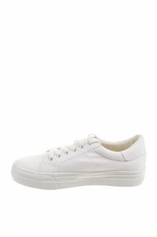 Дамски обувки Tamaris, Размер 41, Цвят Бял, Текстил, Цена 44,25лв.