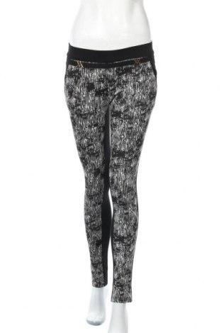 Дамски панталон, Размер M, Цвят Черен, 71% памук, 17% полиестер, 12% еластан, Цена 7,12лв.
