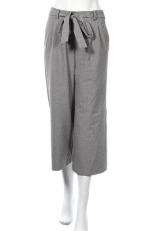 Дамски панталон Amisu, Размер S, Цвят Сив, 63% полиестер, 33% вискоза, 4% еластан, Цена 4,52лв.