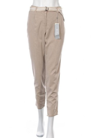 Дамски панталон Betty & Co, Размер L, Цвят Бежов, 63% лиосел, 37% памук, Цена 79,57лв.