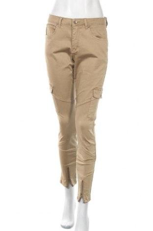 Дамски панталон Culture, Размер M, Цвят Бежов, 98% памук, 2% еластан, Цена 12,18лв.