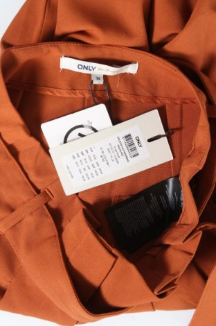 Дамски панталон ONLY, Размер XS, Цвят Оранжев, 63% полиестер, 33% вискоза, 4% еластан, Цена 33,81лв.