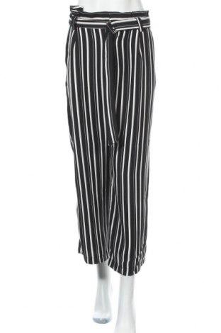Дамски панталон ONLY, Размер L, Цвят Черен, Полиестер, Цена 20,34лв.