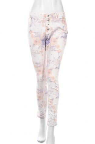 Дамски панталон Place du Jour, Размер M, Цвят Многоцветен, 97% памук, 3% еластан, Цена 51,45лв.