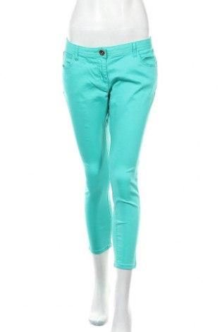 Дамски панталон Tom Tailor, Размер L, Цвят Зелен, 97% памук, 3% еластан, Цена 44,10лв.