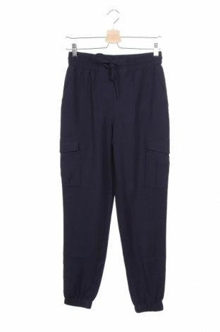 Дамски панталон Vila, Размер XS, Цвят Син, 90% вискоза, 10% полиестер, Цена 51,75лв.