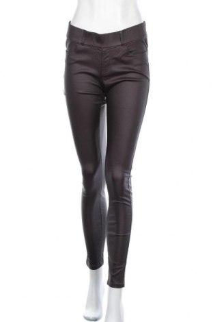Дамски панталон Vintage, Размер M, Цвят Червен, 71% вискоза, 25% полиамид, 4% еластан, Цена 24,99лв.
