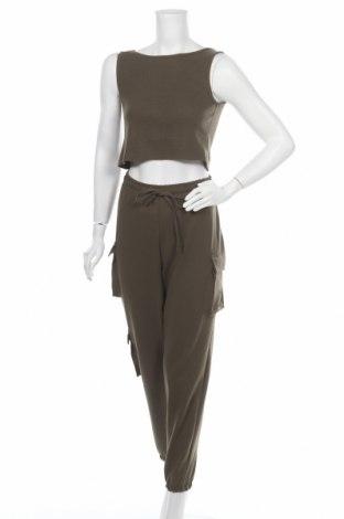 Дамски спортен комплект Trendyol, Размер L, Цвят Зелен, 60% памук, 35% полиестер, 5% еластан, Цена 48,30лв.