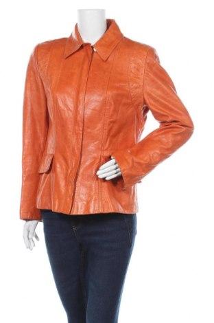 Дамско кожено яке Escada, Размер M, Цвят Оранжев, Естествена кожа, Цена 195,30лв.